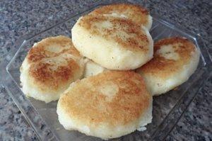 Como hacer Tortitas de Yuca